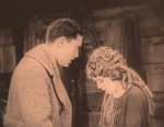 Mary-Pickford-and-Lloyd-Hughes-in-Tess-of-the-Storm-Country-director-John-S-Robertson-1922-30.jpg