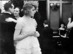 Martha-Mansfield-Max-in-a-Taxi-1917-10.jpg
