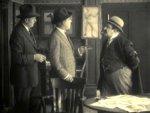 Bruce-McRae-in-Beatrice-Fairfax-ep-10-1916-11.jpg