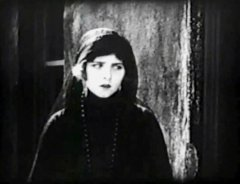 Olive-Thomas-in-Loves-Prisoner-1919-10.jpg