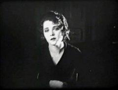 Olive-Thomas-in-Loves-Prisoner-1919-3a.jpg