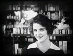 Olive-Thomas-in-Loves-Prisoner-1919-5a.jpg