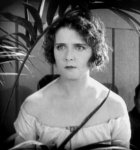Olive-Thomas-in-The-Flapper-1920-15.jpg