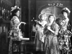 Mary-Pickford-in-Cinderella-1914-13.jpg