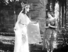 Mary-Pickford-in-Cinderella-1914-15.jpg