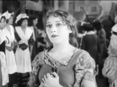 Mary-Pickford-in-Cinderella-1914-21.jpg