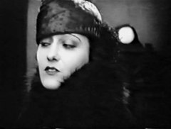 Gloria-Swanson-in-For-Better-for-Worse-1919-1.jpg