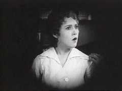 Mary-Pickford-in-Poor-Little-Peppina-1916-11.jpg
