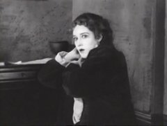 Mary-Pickford-in-Poor-Little-Peppina-1916-14.jpg