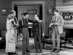 Buster-Keaton-in-Sherlock-Jr-1924-08.jpg