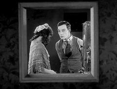 Buster-Keaton-in-Sherlock-Jr-1924-15.jpg
