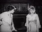 Mary-Pickford-in-Stella-Maris-1918-32.jpg