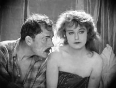 Lon-Chaney-and-Seena-Owen-in-Victory-1919-04.jpg