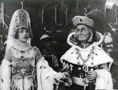 Marion-Davies-and-William-Norris-in-When-Knighthood-Was-in-Flower-1922-13.jpg