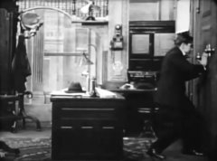 Owen-Moore-in-Her-Terrible-Ordeal-1911-director-DW-Griffith-cinematographer-Billy-Bitzer-05.jpg