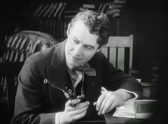 Henry-Walthall-in-The-Avenging-Conscience-1914-director-DW-Griffith-cinematographer-Billy-Bitzer-14.jpg