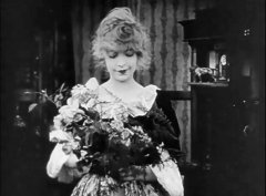 Lillian-Gish-in-The-Birth-of-a-Nation-1915-03.jpg
