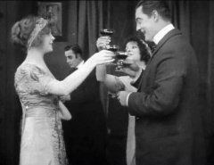 Lillian-Gish-and-Lionel-Barrymore-in-The-Burglars-Dilemma-1912-director-DW-Griffith-cinematographer-Billy-Bitzer-05.jpg