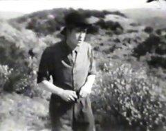 Robert-Harron-in-The-Little-Tease-1913-director-DW-Griffith-cinematographer-Billy-Bitzer-09.jpg