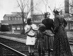 Shirley-Mason-and-Viola-Dana-in-Children-Who-Labor-1912-06.jpg