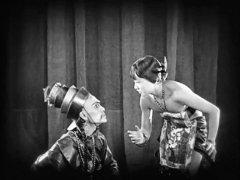 Sojin-Kamiyama-and-Anna-May-Wong-in-The-Thief-of-Bagdad-1924-18.jpg