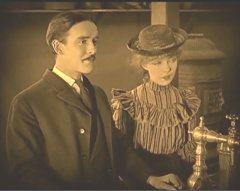 Lillian-Gish-and-Robert-Harron-in-True-Heart-Susie-1919-director-DW-Griffith-cinematographer-Billy-Bitzer-12.jpg