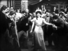 Florence-Lawrence-in-The-Lure-of-the-Gown-1909-director-DW-Griffith-22.jpg