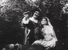 Florence-Lawrence-in-The-Taming-of-the-Shrew-1908-director-DW-Griffith-23.jpg