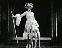 027-Marceline-Day-in-That-Model-from-Paris-1926.jpg