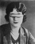 Marceline-Day-with-Eskimos-glasses-for-The-Barrier-1926.jpg