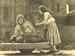 Lon-Chaney-and-Patsy-Ruth-Miller-in-The-Hunchback-of-Notre-Dame-1923-22.jpg