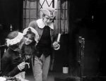 Florence-La-Badie-and-Robert-Harron-in-Enoch-Arden-1911-director-DW-Griffith-cinematographer-Billy-Bitzer-04rj.jpg