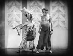 Snitz-Edwards-and-Douglas-Fairbanks-in-The-Thief-of-Bagdad-1924-16.jpg